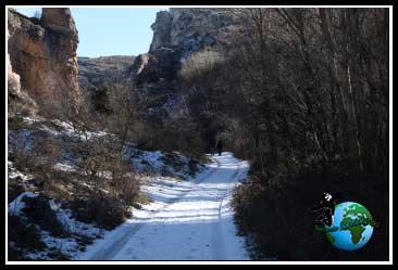 Nieve a nuestro paso por Pelegrina.