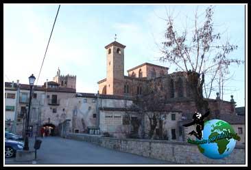 Catedral de Sigüenza desde la Puerta del Toril