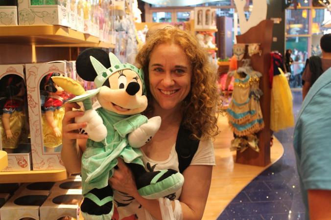 En ToysRus, me encanta Minnie!