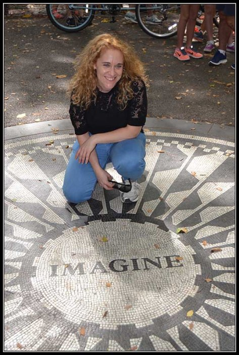En Memoria de John Lennon, Strawberry Fields