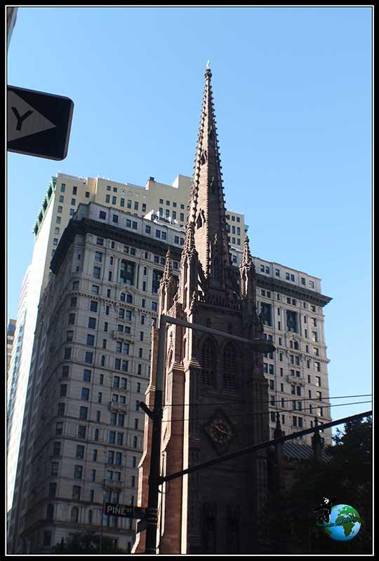 Trinity Church en pleno distrito finaciero