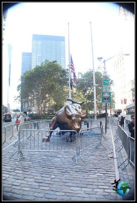 Imposible acercarnos al Toro de Wall Street