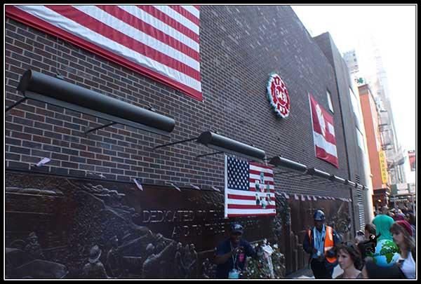 Memorial a los bomberos fallecidos el 11S