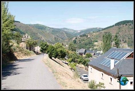 Vistas que se encuentran los Peregrinos según llegan a Villafranca del Bierzo