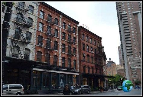 Cambiando rascacielos por apartamentos con escaleras de emergencia en New York
