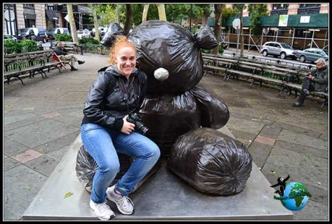 Teddy Bear de Bolsas de basura en New York