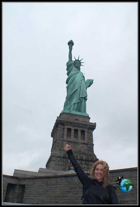 Lady Liberty y yo con antorcha en mano, New York