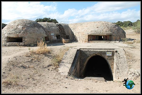 Entrada inferior del Búnker Blockhaus-13 en Colmenar del Arroyo.