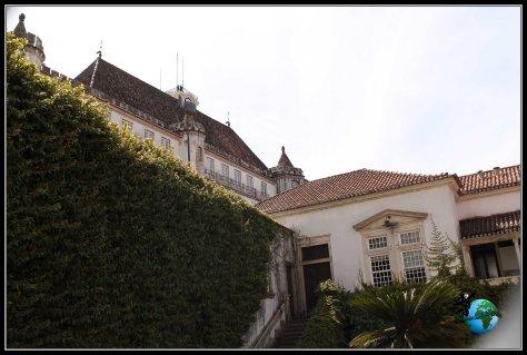 Vistas de un Palacio que no viene en el plano en Coímbra.