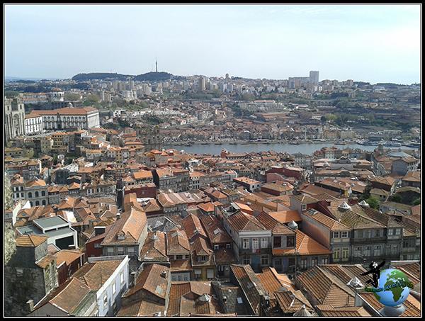 Tejados desde la Torre de los Clérigos de Oporto.