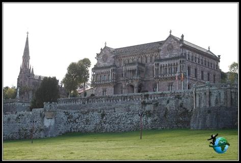 Palacio de Sobrellano y Capilla de Comillas.