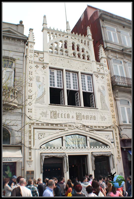 Librería Lello e Irmao en Oporto.