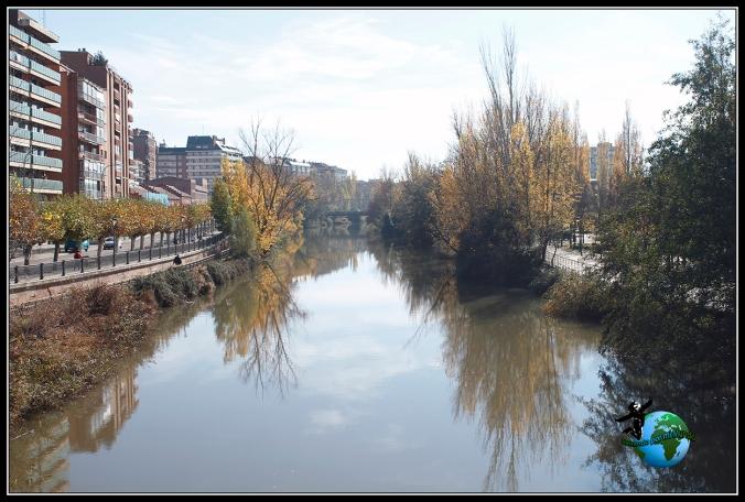 Río Carrión a su paso por Palencia.