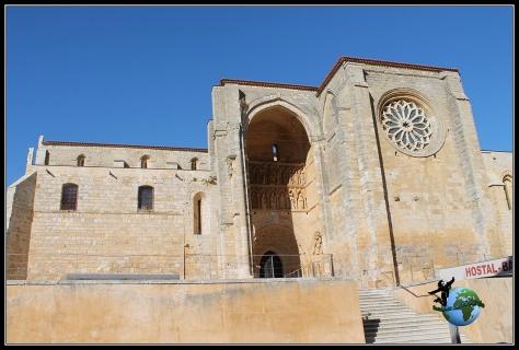 Iglesia de Santa María en Villalcazar de Sirga.