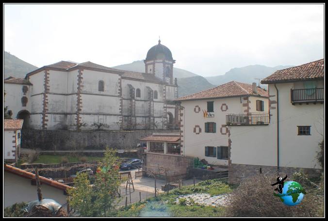 Recorriendo Zugarramurdi, Navarra