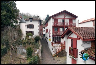 Paseando por Sant Jean de Pied de Port, Francia.