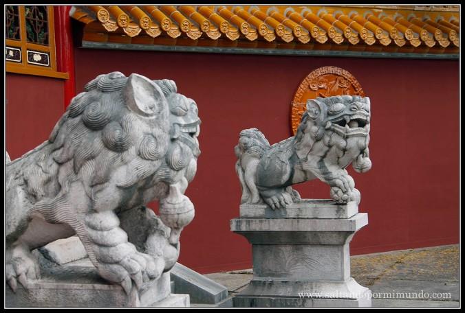 Leones chinos en el Jardín Chino de Zurich.