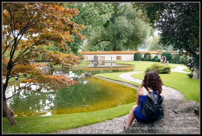 Contagiándome de la paz en el Jardín Chino de Zurich.