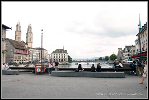 Paseando por Zurich.