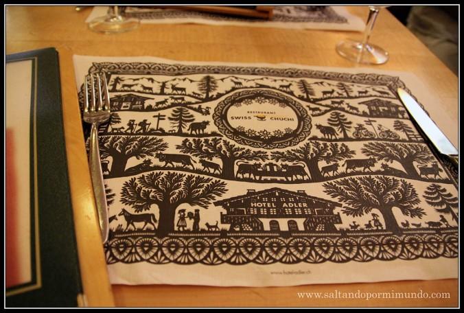 Restaurante Swiss Chuchi-Hotel Adler en Zurich. La Meca de las fondue.