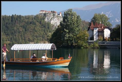 1841 - Castillo cerca del Lago Bled lun26-9