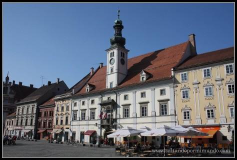 1860 - Mestna Hiša o viejo Ayuntamiento en Glavni Trg de Maribor lun26-9