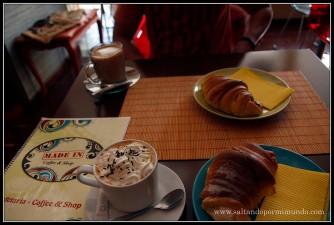 Desayunando en Albudeira, Algarve