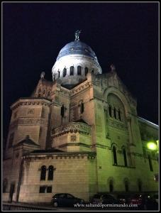 Basílica de San Martín en Tours en Valle del Loira
