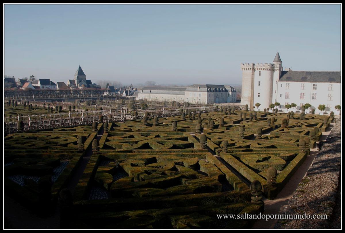 Viaje al Valle del Loira en Navidad. Dia 4. Chateau Amboise y Clos luce - Villandry - Langeais - Chateau D Azay-le-Rideau - D Usse - Chinon - Nantes