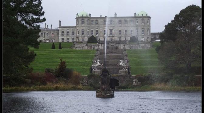 Los jardines de Powerscourt Gardens, uno de los más bonitos del mundo.