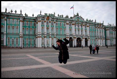 Saltando en el Palacio del Hermitage