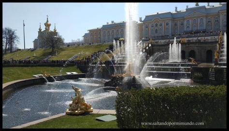 Palacio y Jardines de Peterhof