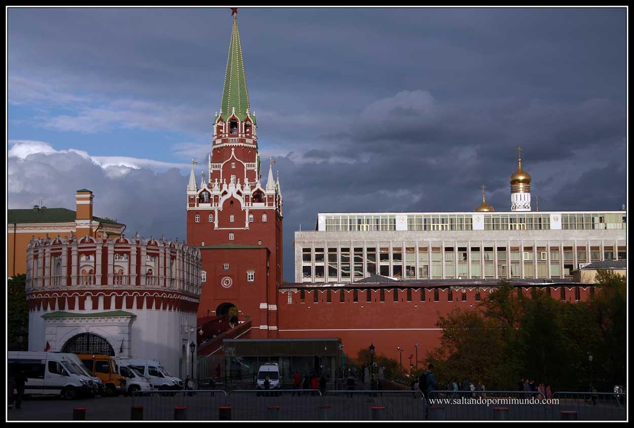 El impresionante Kremlin en Moscú.