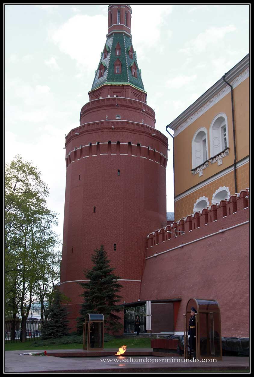 Moscu. Guardia del Kremlin.